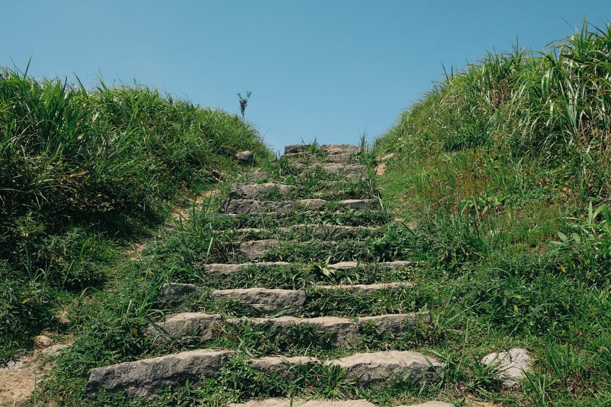 階段は急になっていく
